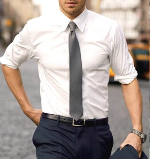 クールビズワイシャツ腕まくり方法