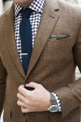 http://sartorialmenswear.tumblr.com/post/60722607233/the-suit-man-110-cool-more-mens-fashion