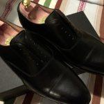 新品革靴手入れ