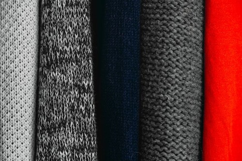 ネクタイの素材の種類