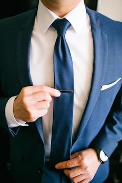 ネクタイとワイシャツのコーディネート