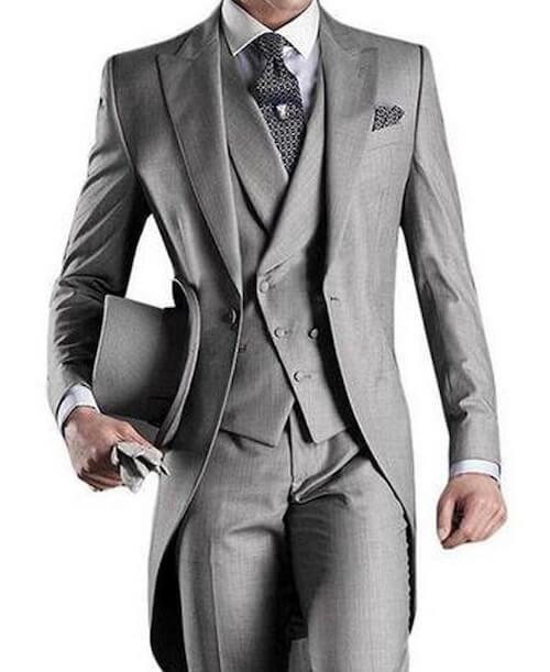 結婚式でグレースーツを着こなす!マナーを守ったコーデを紹介