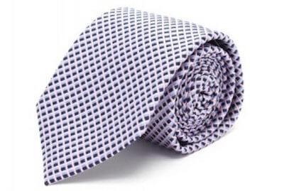 ネクタイの太さ