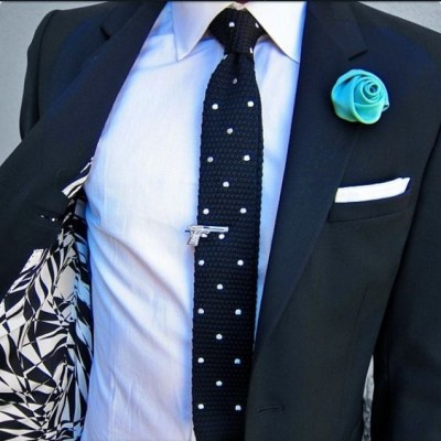 https://selininy.com/ties/tie-accessories/lapel-pins/