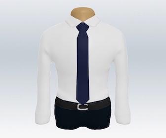 白ワイシャツと無地ネクタイの着こなし