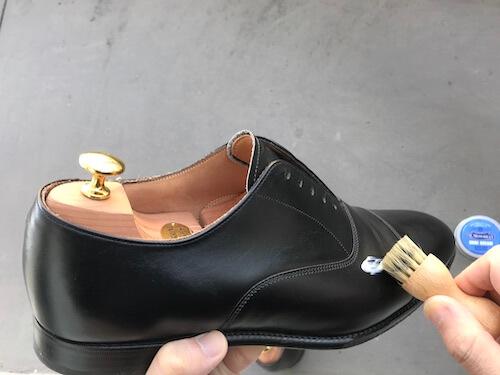 革靴の手入れ8