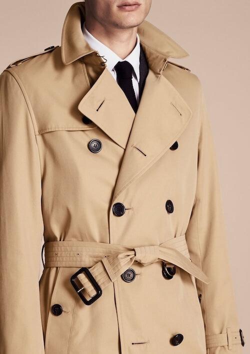 トレンチコートスーツ