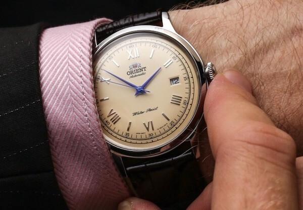 結婚式腕時計受付係