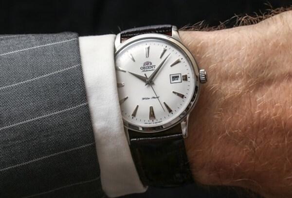 結婚式腕時計マナー